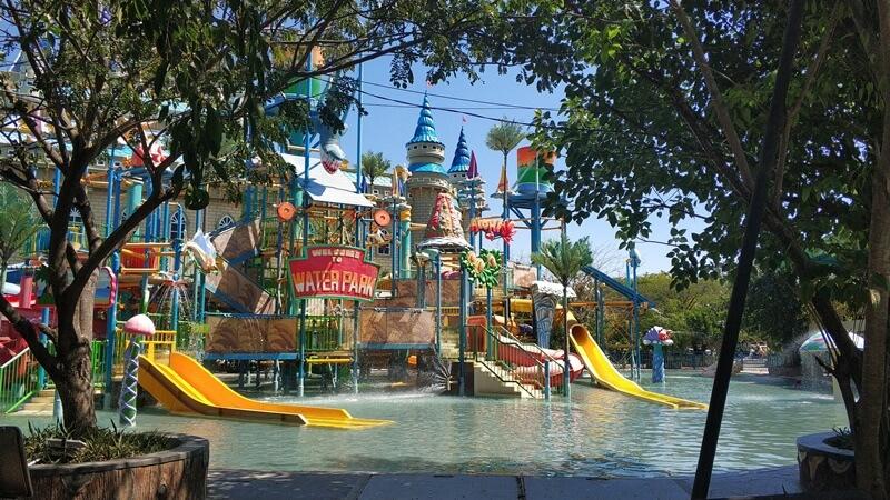 Water Park Atlantis Surabaya