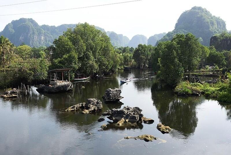 Alam Di Sekitar Sungai Pute