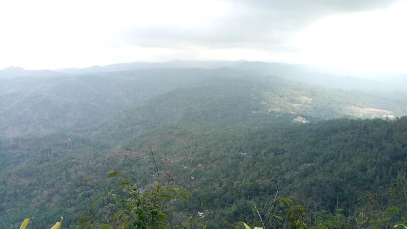 Panorama Alam Di Puncak Widosari
