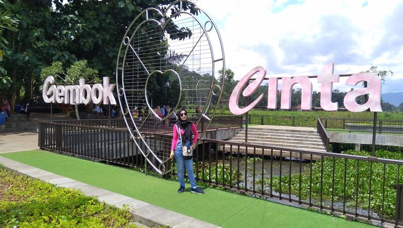 Spot Instagramable Bukit Cinta Ambarawa