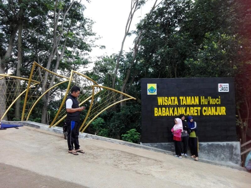 Landmark Yang Selalu Jadi Spot Foto