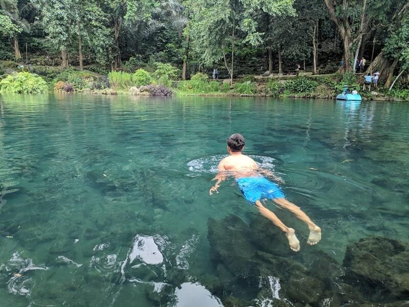 Berenang Di Situ Cipanten
