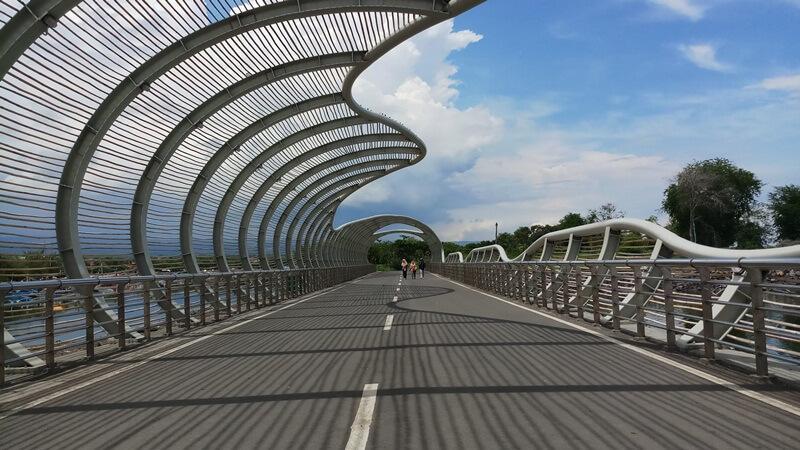 Indahnya Jembatan Lintas Pantai Boom