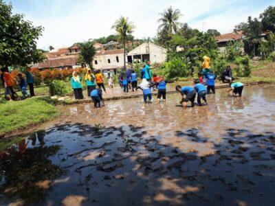 Kampung Wisata Cinangneng, Rekreasi Dengan Aneka Fasilitas Edukasi