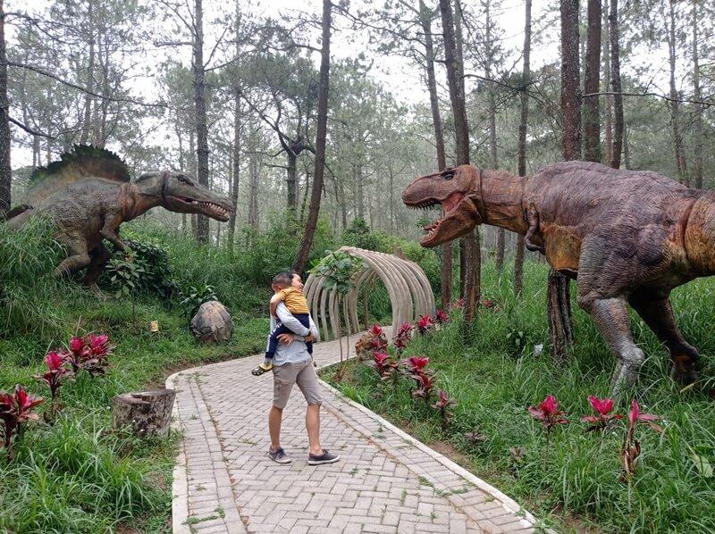 Mojosemi Dinosaurus Park