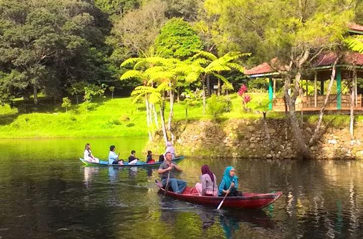 Berkano Di Danau Mandalawangi