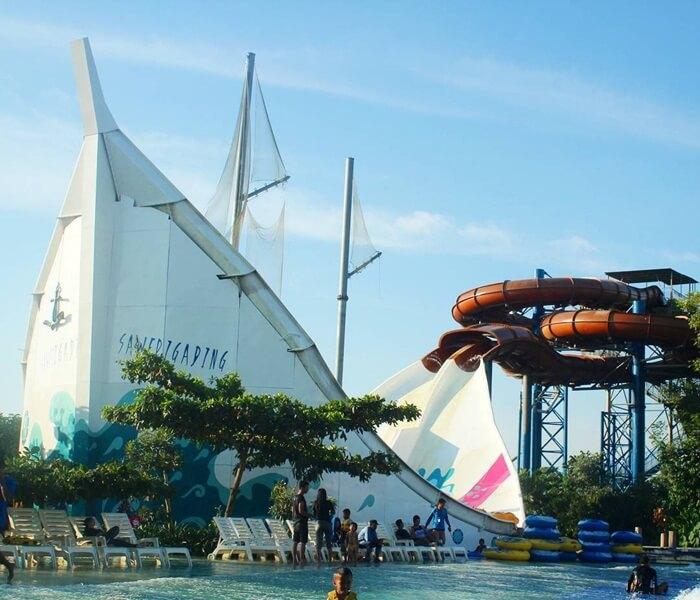 seluncuran berbentuk kapal penisi