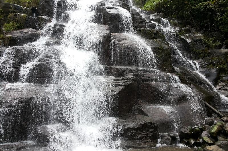 Air Terjun Sarasah Batimpo Masih Asri