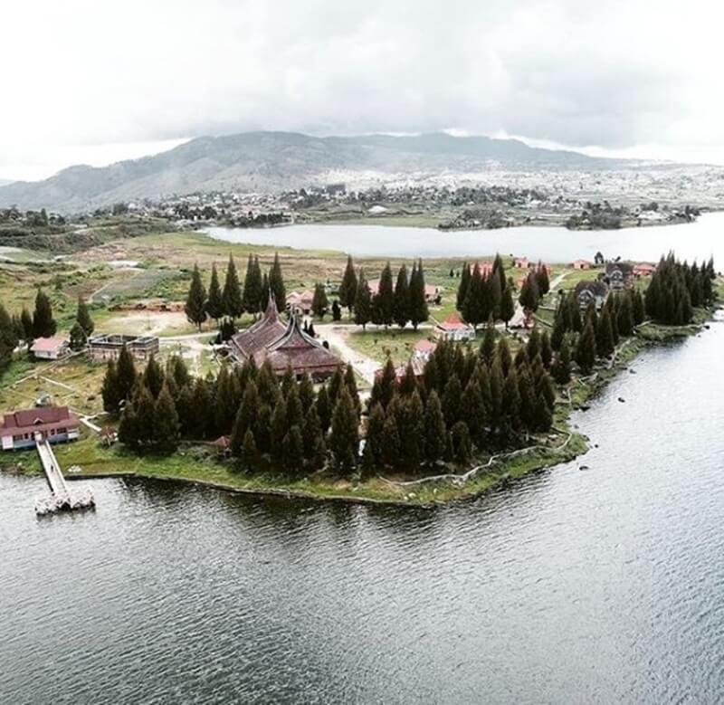Danau Kembar Danau Penuh Legenda