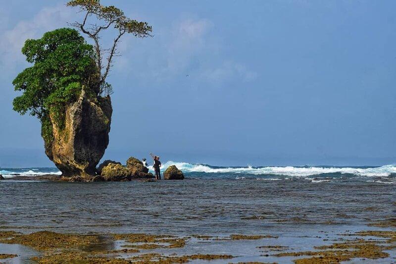Indahnya Pantai Way Hawang