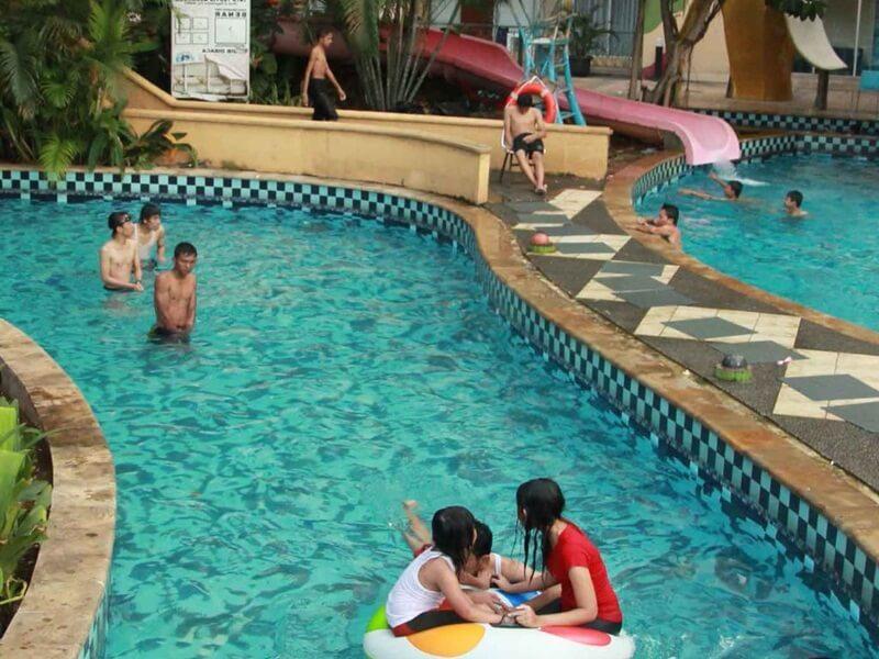 Kolam Arus Marcopolo Waterpark Bogor