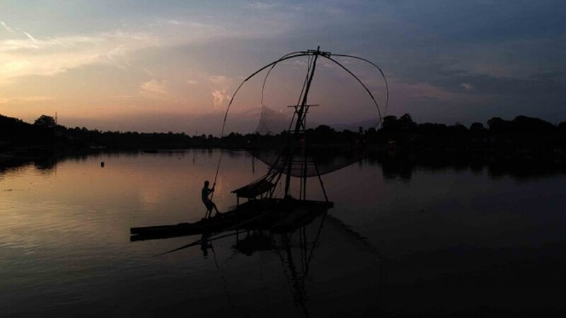 Masyarakat Nelayan Danau Sipin