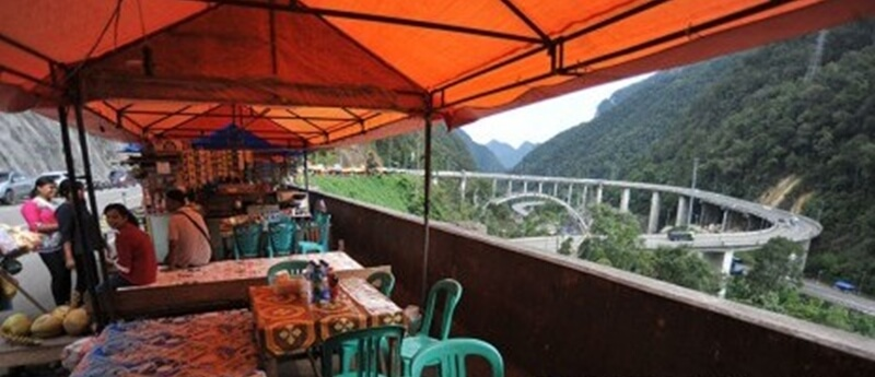 Rest Area Jembatan Kelok Sembilan