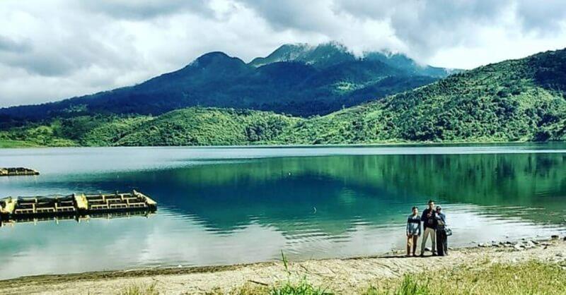 Selfie Di Area Danau Talang