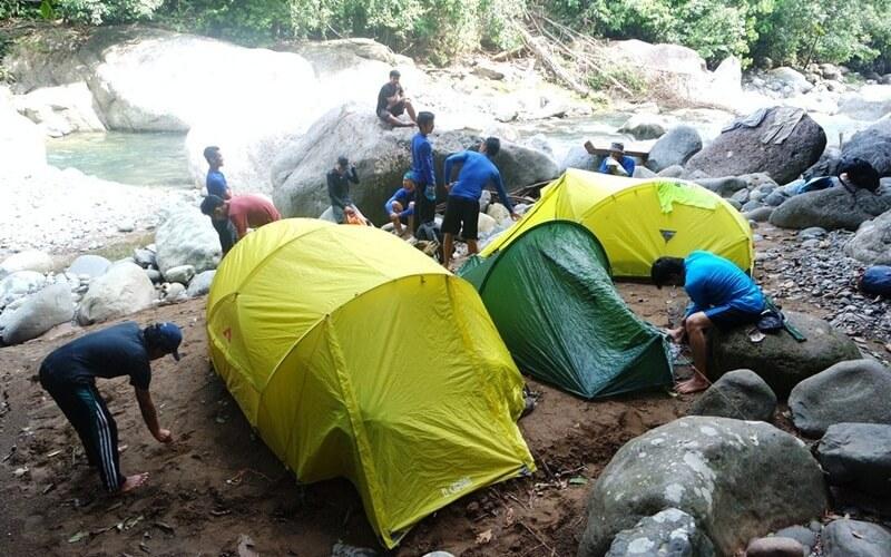 Camping Di Area Air Terjun Nyarai