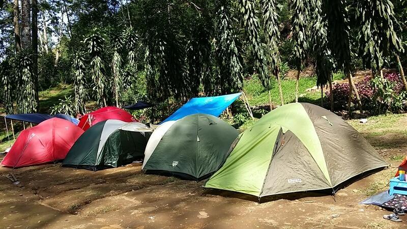 Camping di Area Curug Cijalu