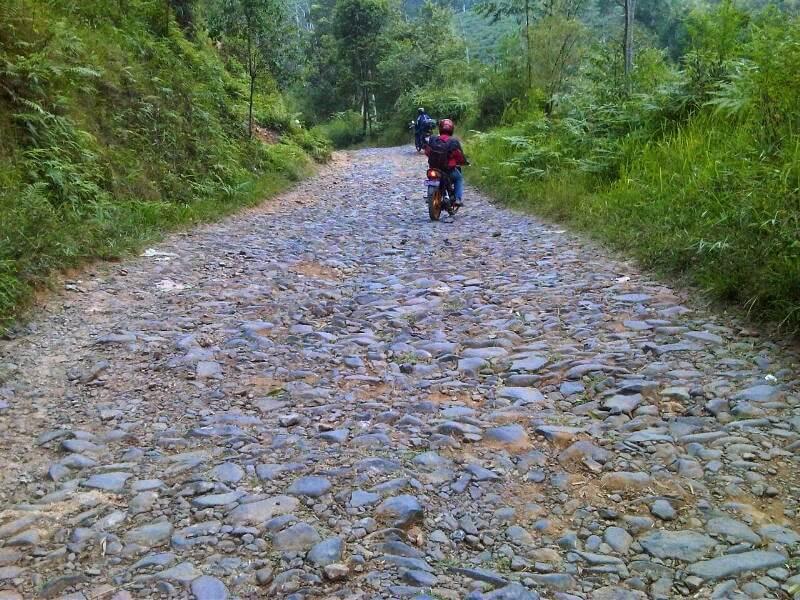 Jalur Menuju Curug Cikondang