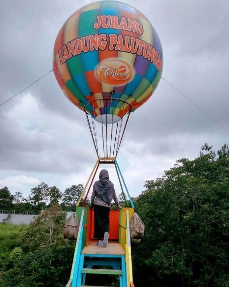 Spot Balon Udara