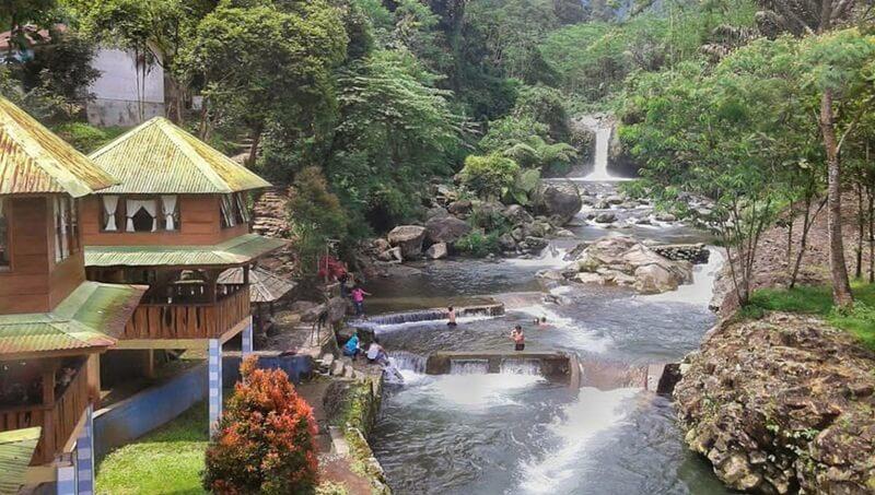 Villa Curug Bayan