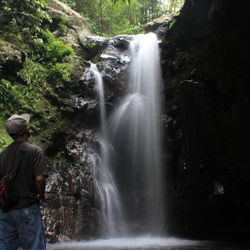 Air Terjun Kalibendo Banyuwangi