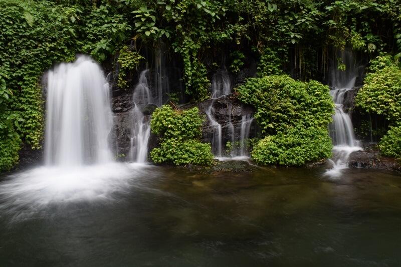 Air Terjun Sumber Pitu Tumpang