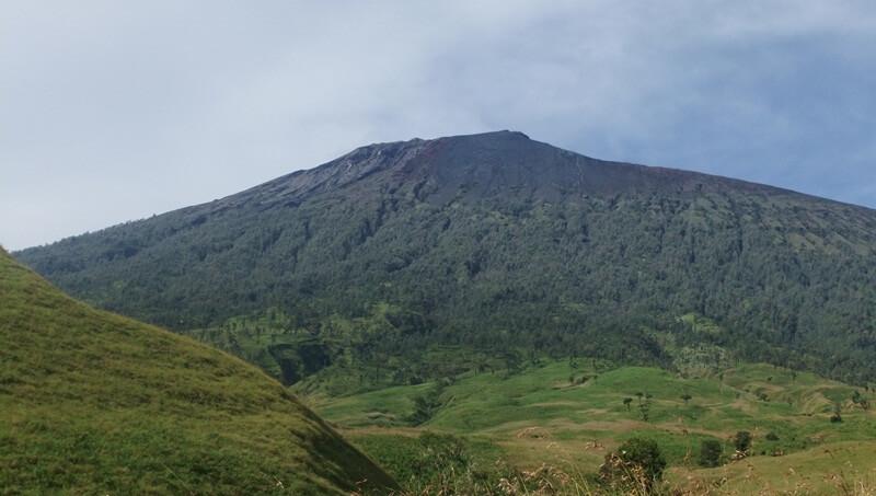 Lokasi Air Terjun Mangku Sakti Terdapat Di Kaki Gunung Rinjani