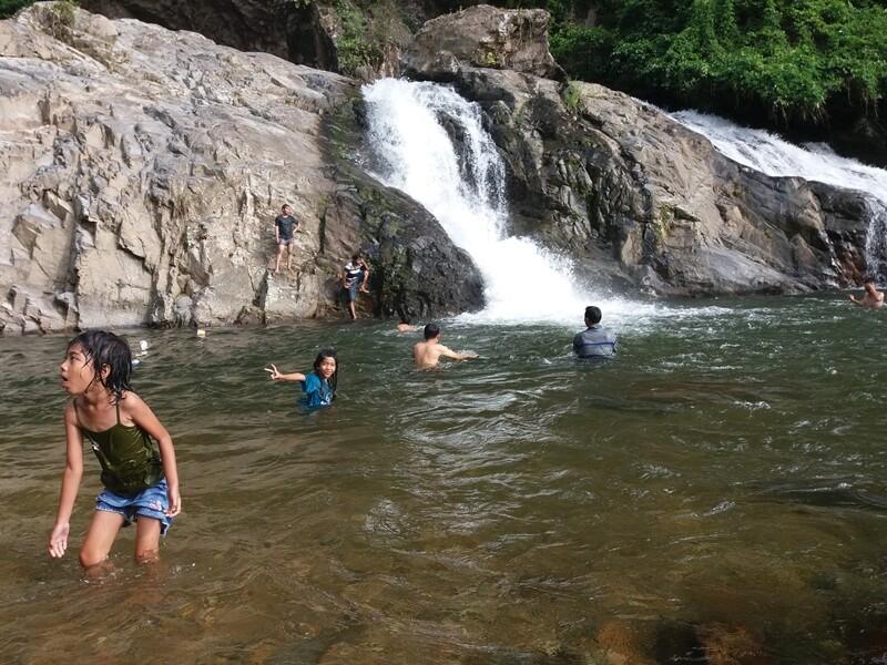 Berenang Di Air Terjun Timbulun Painan