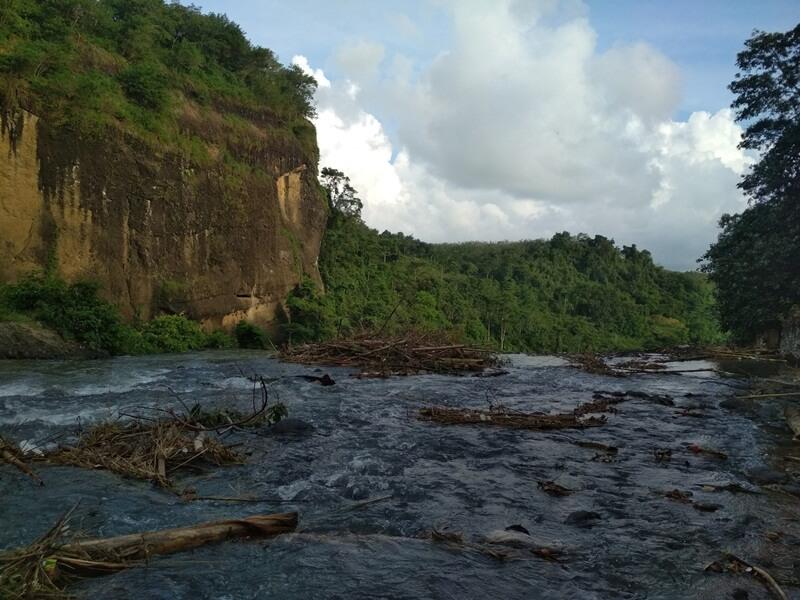 Sungai Yang Letaknya Tak Jauh Dari Curug