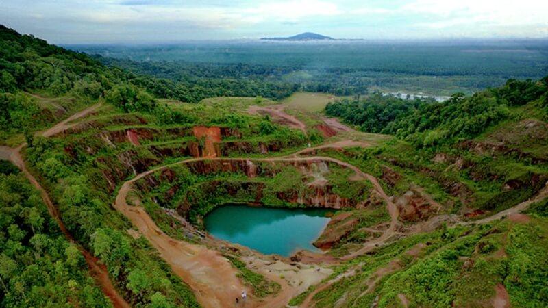 Kubangan Tambang Timah Geopark Belitung