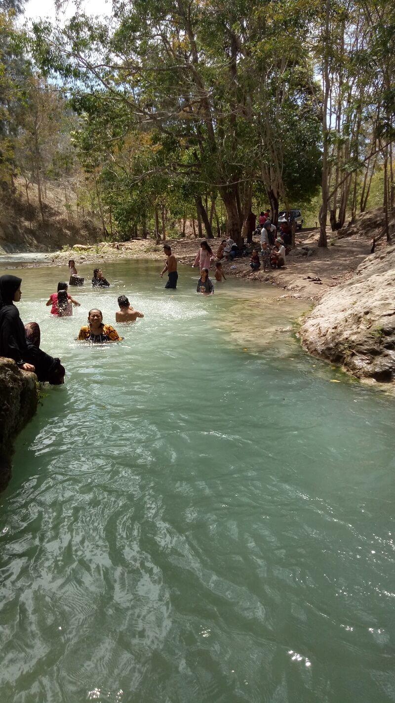 destinasi wisata keluarga air tagepe