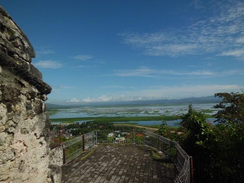 view dari benteng otanaha