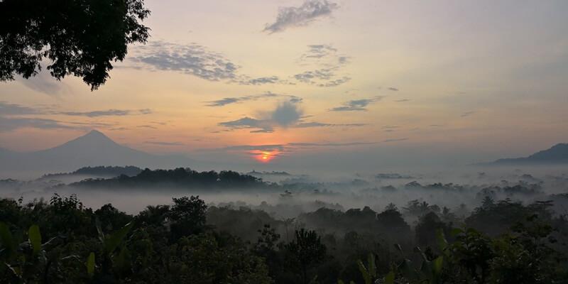 sunrise di bukit barede