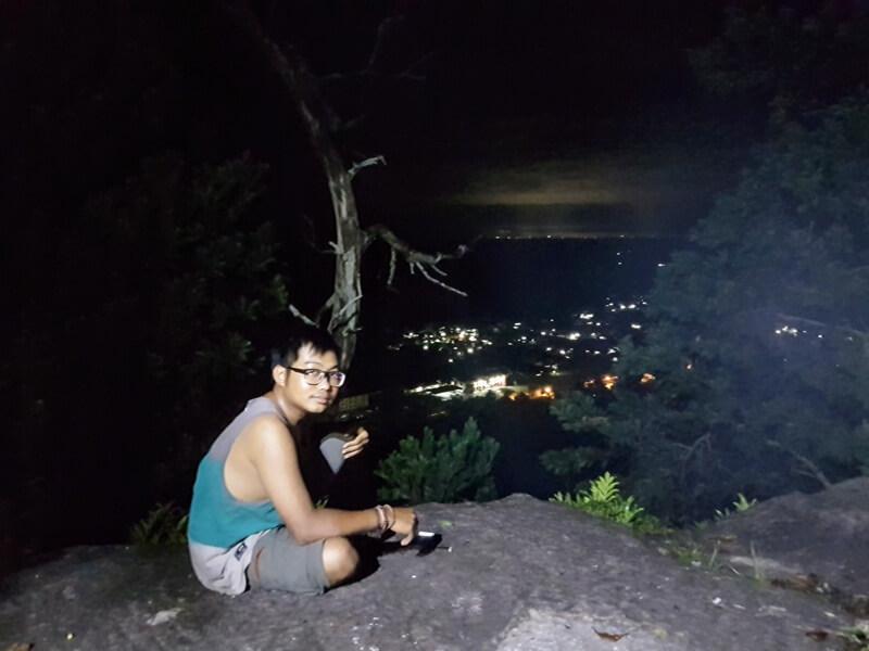 kerlap kerlip kota di malam hari