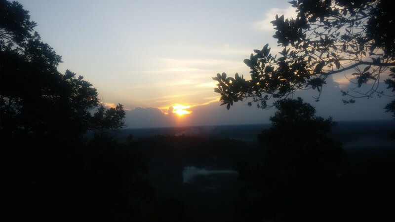 menikmati pergantian hari di bukit tangkiling