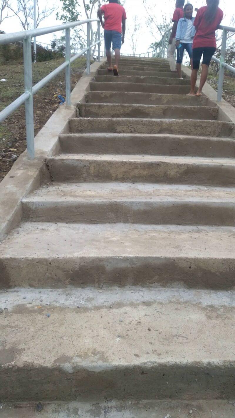 tangga menuju bukit tuamese