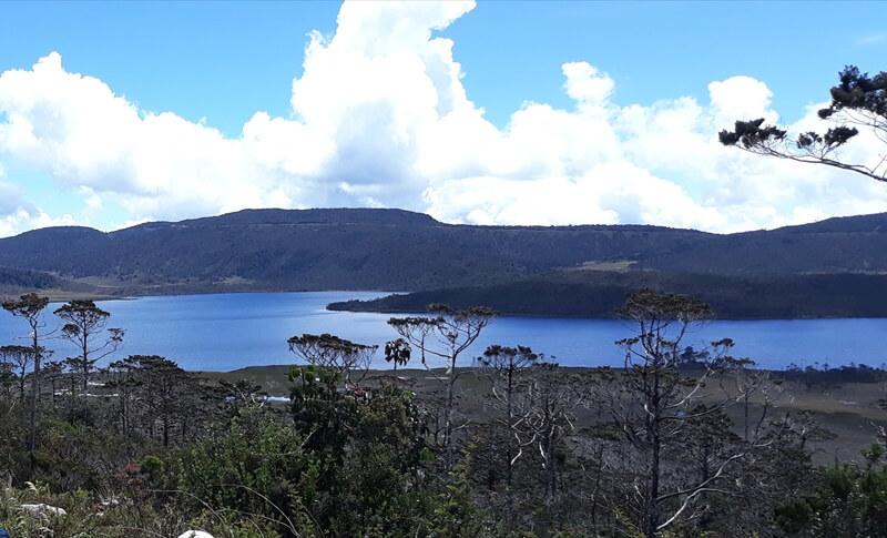 danau habema, danau di atas awan