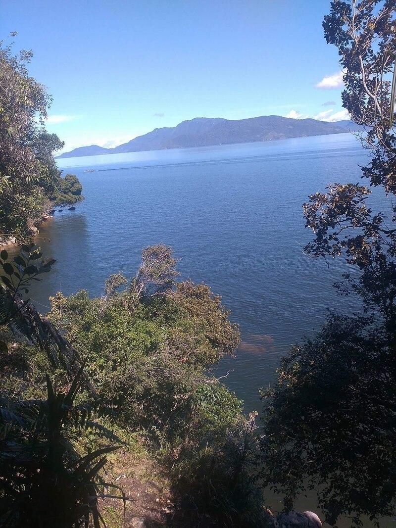 danau paniai, danau yang luas