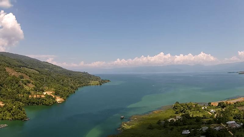 danau terbesar dan terdalam ke tiga