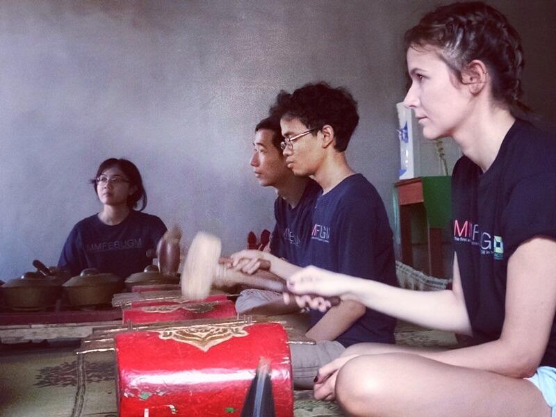 belajar alat musik tradisional