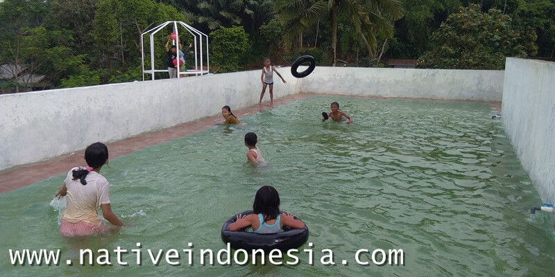 wahana kolam renang anak