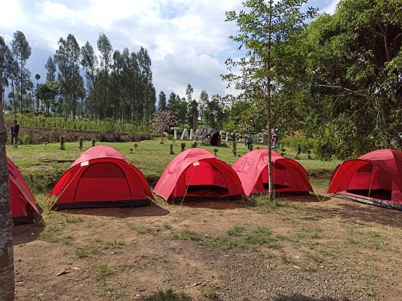 camping seru di embung kledung