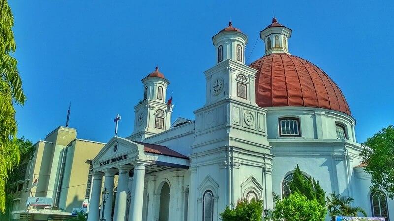gereja blenduk, gereja pertama di kota lama