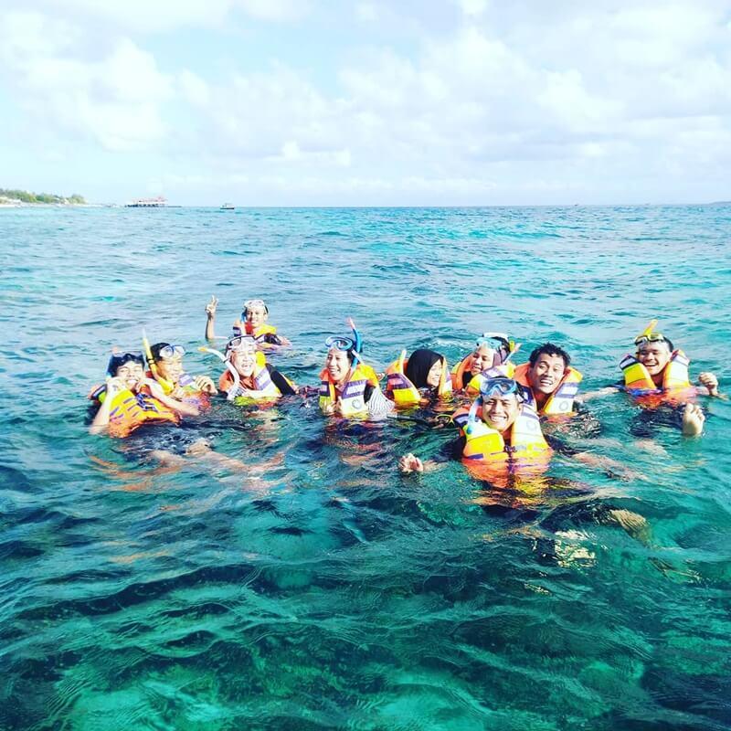 kegiatan snorkeling