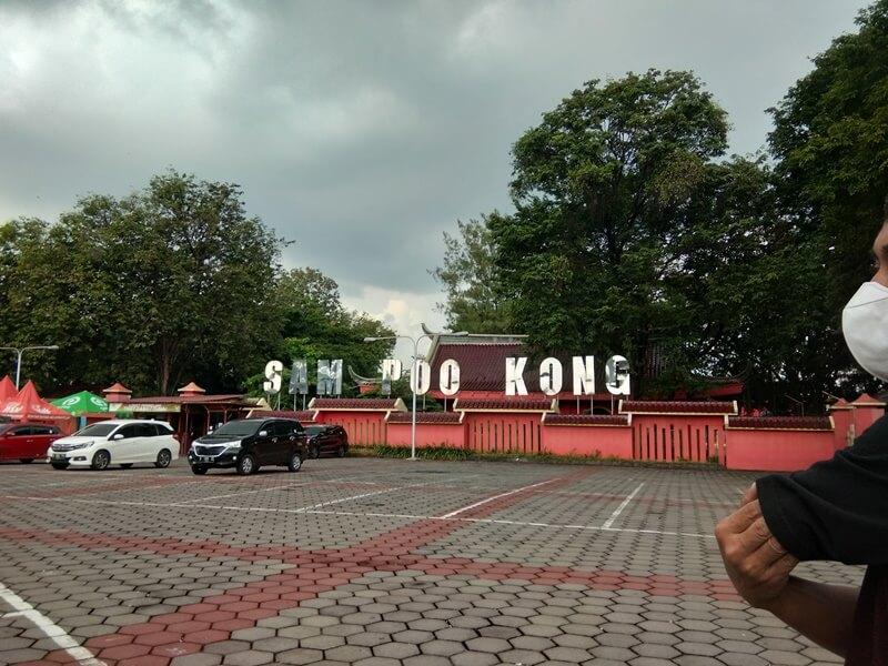area parkir pagoda sam poo kong