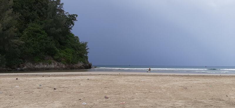 pasir putih pantai lhoknga
