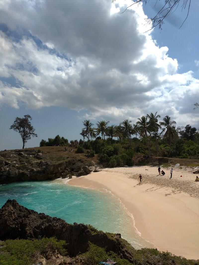 pasir pantai mandorak