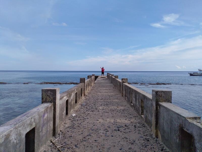 jembatan untuk lebih dekat dengan laut