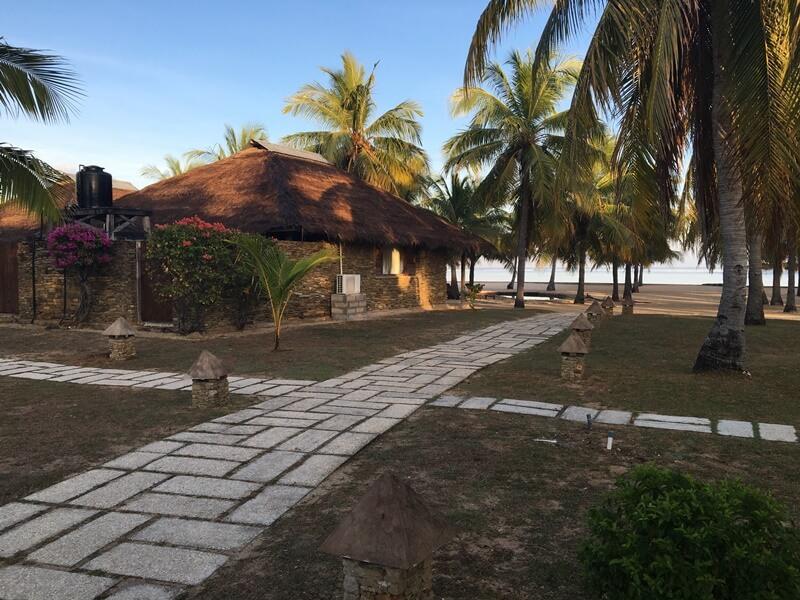 fasilitas di pantai nemberala