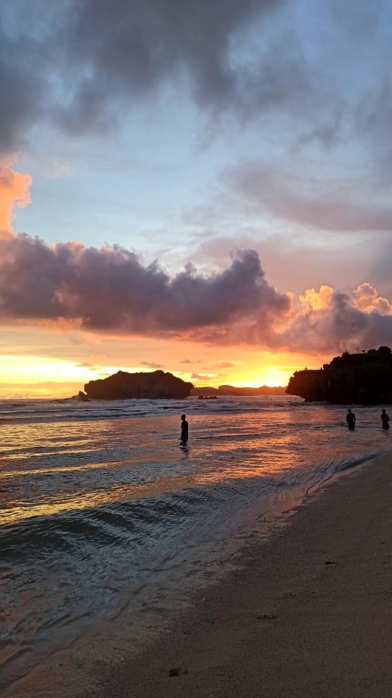 sunset yang cantik