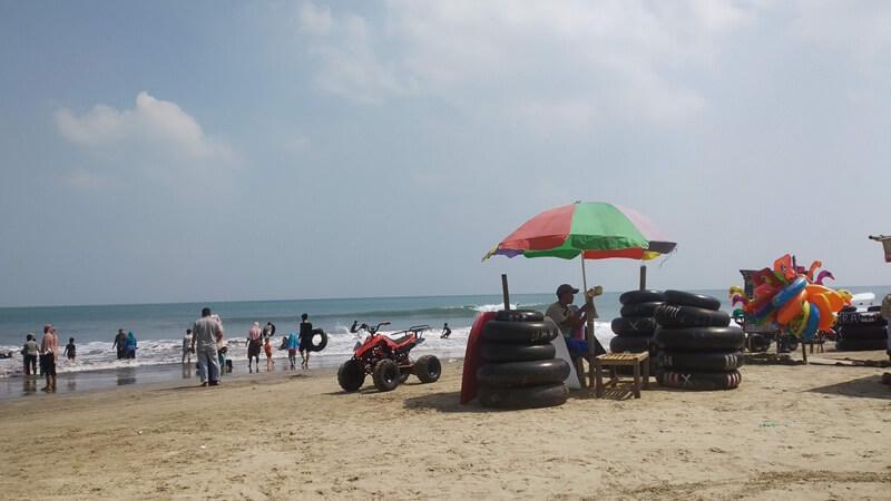 fasilitas di pantai sambolo 2